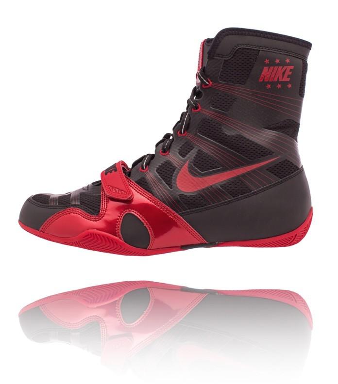 shoe11_blackweb_v1.jpg